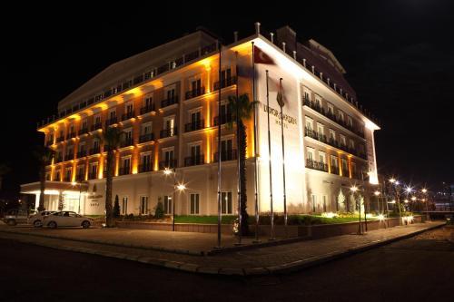 . Luxor Garden Hotel