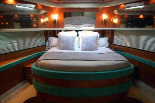 Leigh Yacht photo 8