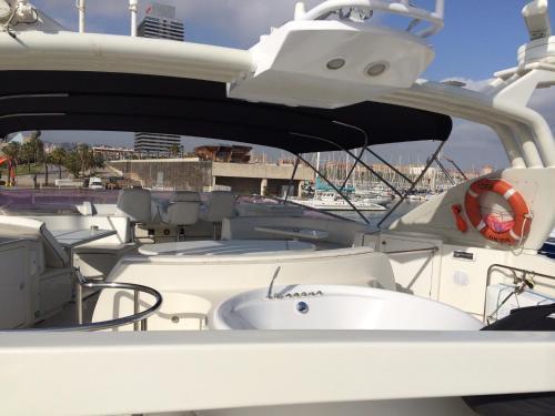 Leigh Yacht photo 16