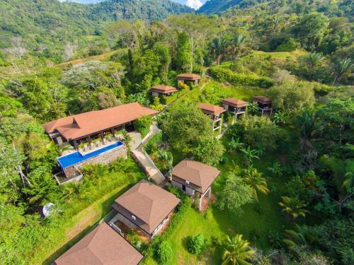 . TikiVillas Rainforest Lodge - Adults Only