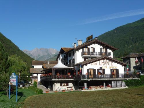 Hotel Col Serena - Etroubles