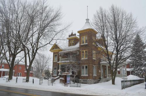 Le 100 St-Laurent - Accommodation - Louiseville