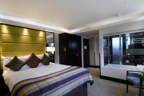 London City Suites photo 39