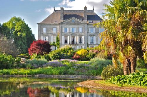 . Chateau de la Foltière