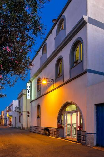 . Hotel Cala Di Seta