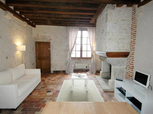 . Appart'Tourisme Blois Châteaux de la Loire