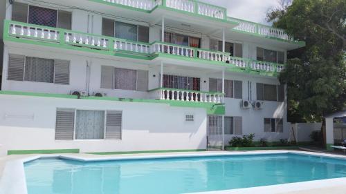 Villa Donna Inn