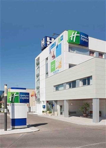 . Holiday Inn Express Alcobendas, an IHG Hotel