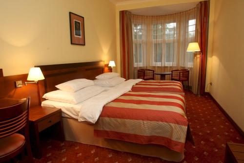 Hotel Villa - image 2