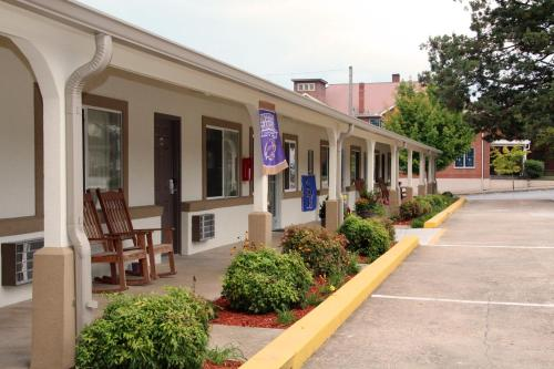 Blue Ridge Inn