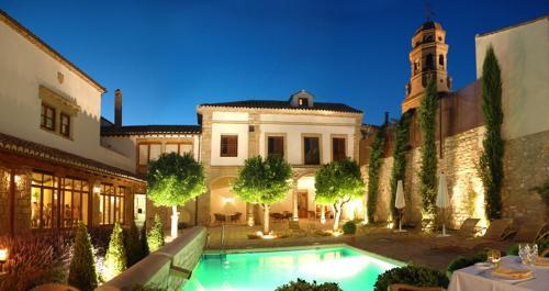 . Hotel Puerta de la Luna