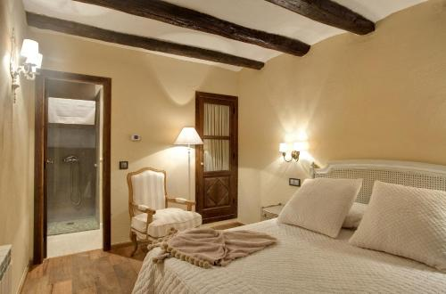 Habitación Doble Estándar Hotel Real Posada De Liena 11