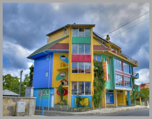 The Colourful Mansion Hotel