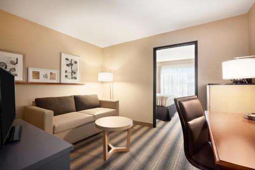 Country Inn & Suites By Radisson Roseville Mn - Roseville, MN 55113