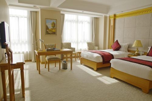 Riverview Hotel on the Bund Двухместный номер Делюкс с 2 отдельными кроватями