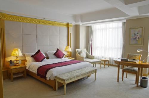 Riverview Hotel on the Bund Двухместный номер Делюкс с 1 кроватью