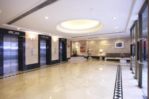 The South China Hotel photo 5