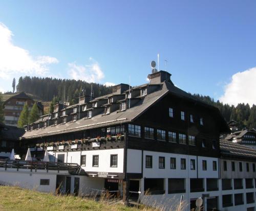 . Alpenhotel Marcius