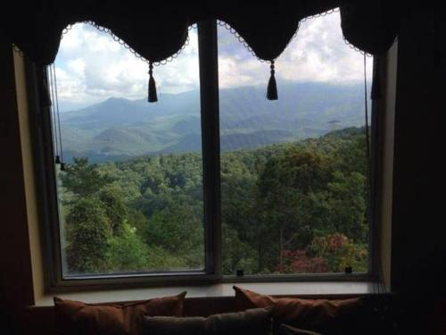 Our Place in the Smokies - Apartment - Gatlinburg