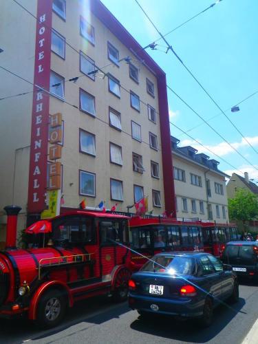 . Hotel Rheinfall