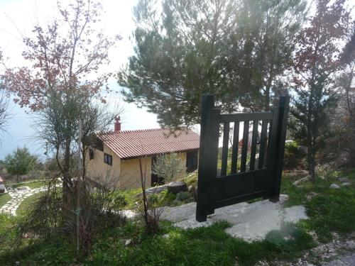 Charismatic Garden Cottage with Sea View, 21317 Lokva Rogoznica