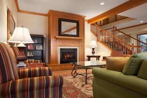 Country Inn & Suites By Radisson Albert Lea Mn - Albert Lea, MN 56007