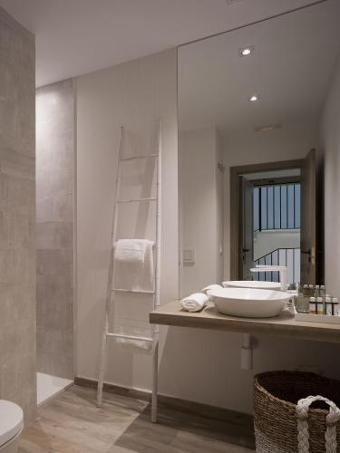 Habitación Doble Estándar - 1 o 2 camas - Uso individual Hotel Boutique Balandret 65
