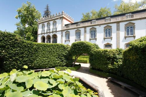 __{offers.Best_flights}__ Parador Casa Da Insua