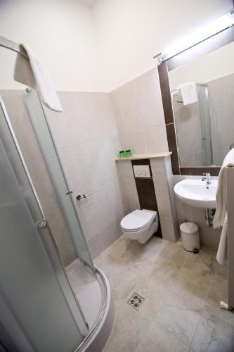 Hotel SasOne photo 2