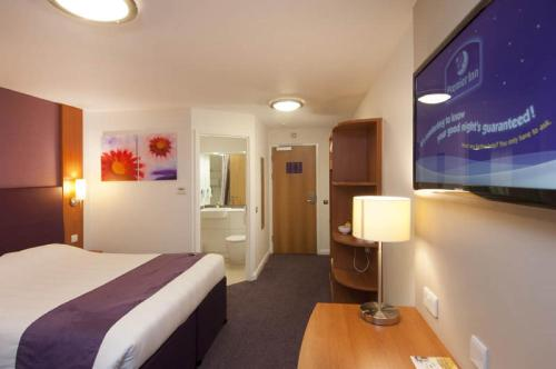 Premier Inn London Dagenham - отель, цены, фото, отзывы - Planet of Hotels