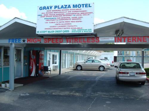 . Gray Plaza Motel