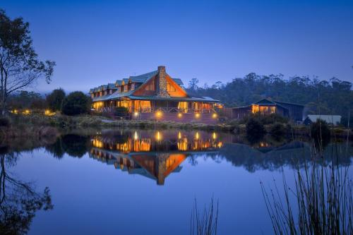 Cradle Mountain Lodge - 6 of 19