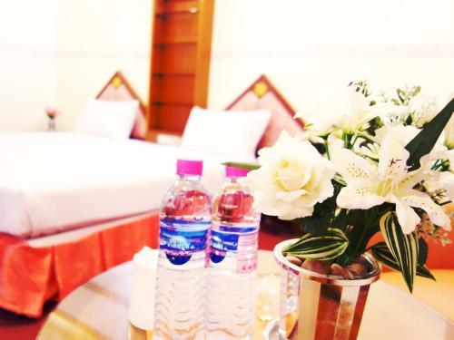 Bavana Hotel photo 9