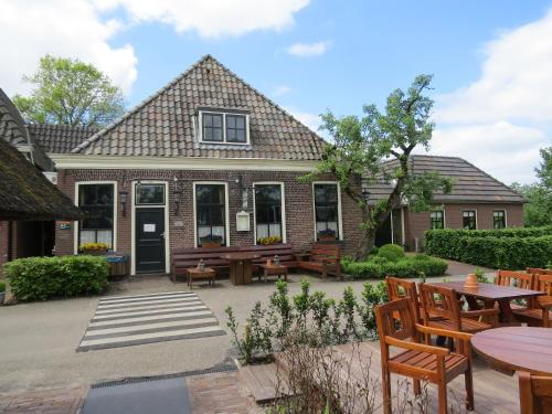- Restaurant - Cafe- Geertien, Pension in Blokzijl bei Belt-Schutsloot