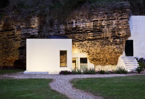 . Cuevas del Pino Turismo Rural y Emocional SL