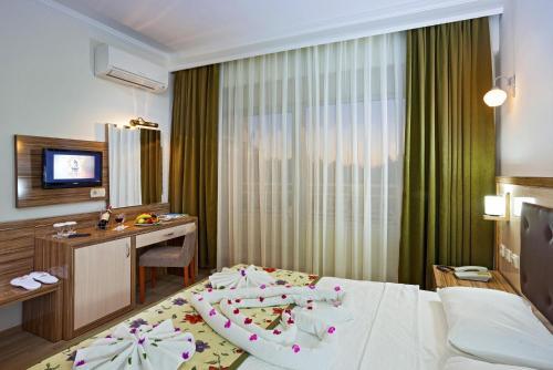Side Venus Hotel tek gece fiyat