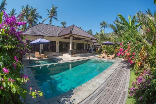 . Villa Barong