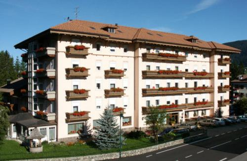 Apparthotel Germania Toblach