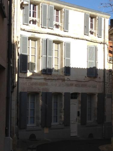 Appartements d'hôtes Santa Giulia - Hôtel - Niort