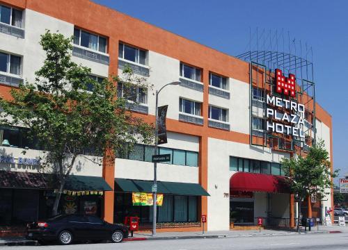 Hotels & Vacation Rentals Near 1000 N Alameda St, Los Angeles