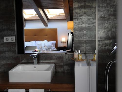Deluxe Double Room with Spa Access Bonansa Country Hotel 24