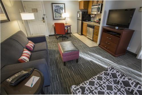 Homewood Suites by Hilton Savannah - Savannah, GA GA 31405