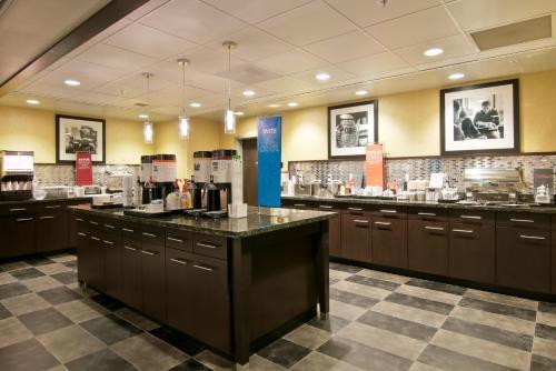 Hampton Inn & Suites Bellevue Downtown/Seattle in Bellevue