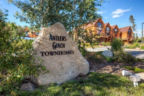 Three-Bedroom Townhome In Keystone at Antler's Gulch - Keystone, CO 80435