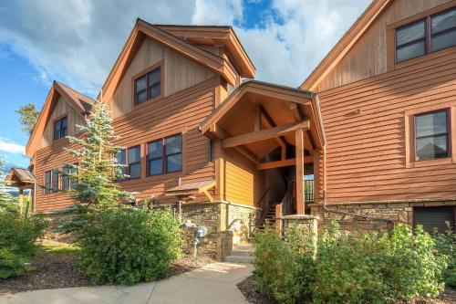 . Three-Bedroom Townhome In Keystone at Antler's Gulch