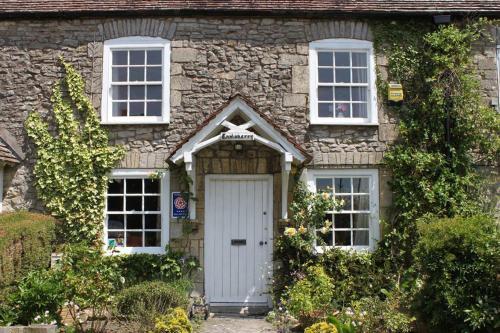 Enniskerry - The Loves Cottage, Shepton Mallet