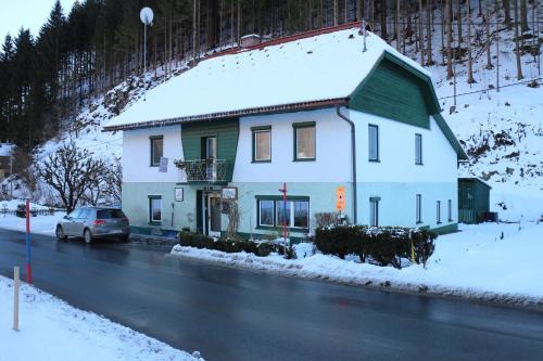 Haus Gudrun - Accommodation - Nassfeld Hermagor