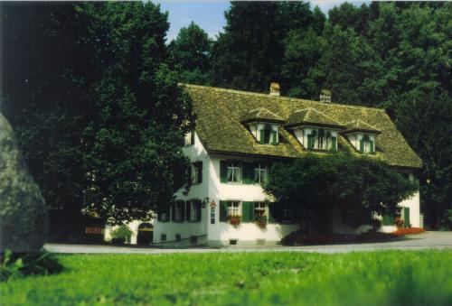 . Hotel Krone Sihlbrugg