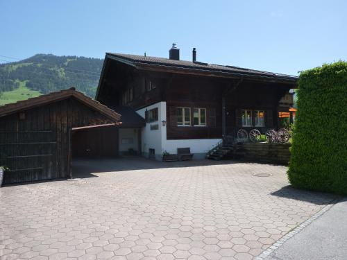 Chalet Aebnetbode Gstaad