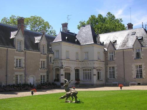 . Château De Razay